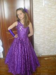 Подростковые платья,  выпускной 4 класс,  прокат - Киев - Троещина