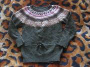 тепленький удлиненный свитерок h&m logg на 3-4 года
