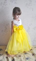 Платья на малышек 2-4 года